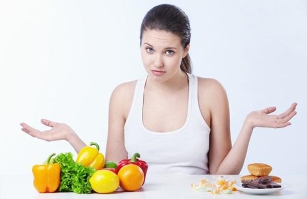 Không nên ăn gì để bảo vệ sức khỏe răng miệng sau cấy ghép Implant?