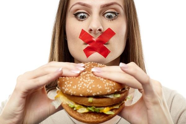 Bạn không nên ăn, uống những thực phẩm chứa nhiều đường, tinh bột…